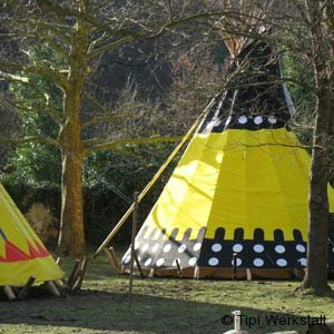 tipi_outdoor1